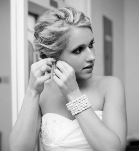Bride_getting_ready1
