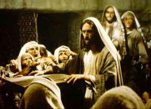 Jesus against the crowd