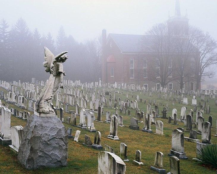 Foggy_Church_Graveyard